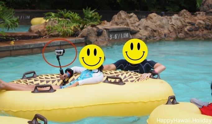 アウラニのプールで防水カメラ